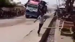 Overloaded African bus for the last trip - Funny Video 2019