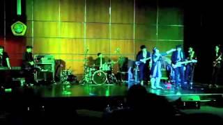 ALIFE BAND (covering : Call Me Maybe - Carly Jepsen & Melewatkanmu - Adera )