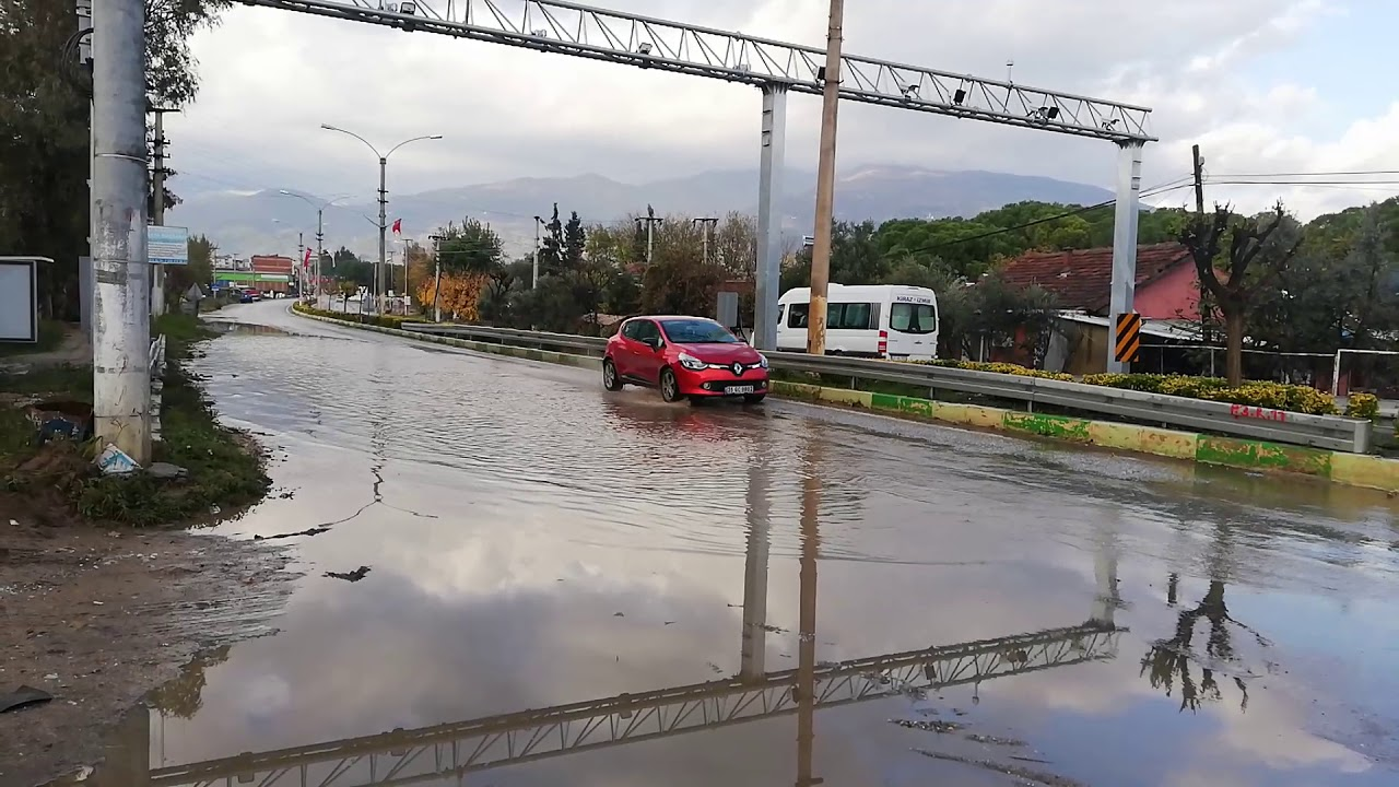 Küçük Menderes havzasında altyapılar şiddetli yağış karşısında yetersiz kaldı