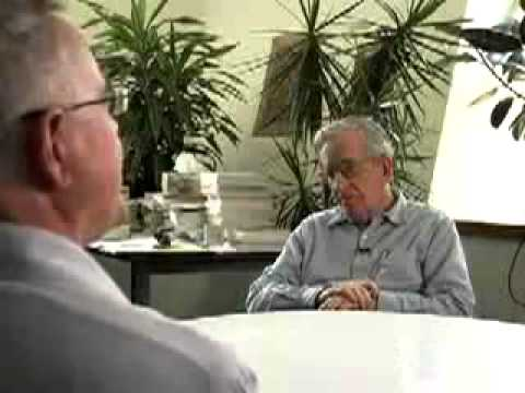 Robert Trivers and Noam Chomsky - Deceit and Self-deception