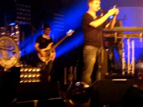 Nick Carter @ concert Hamburg!! (Twitter)