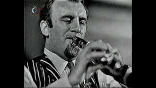 Acker BILK & His Paramount Jazz Band: In A Persian Market (Live in Jazz Festival Prague 1964)