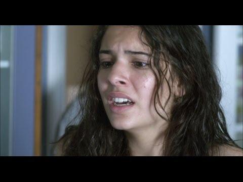 Rescatando a Sara  Abdel pega a Laura y la maldice
