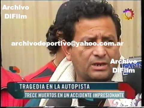 DiFilm - Grupo Nectar Muere En Accidente En Argentina 2007 V-04810
