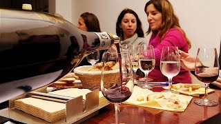 Wine Tasting in Paris - French Wine, Champagne and Cheese Pairings with O Chateau France(, 2014-08-01T02:23:27.000Z)