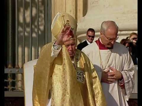 Canonization of St Josemaria Escriva October 6, 2002, in two minutes
