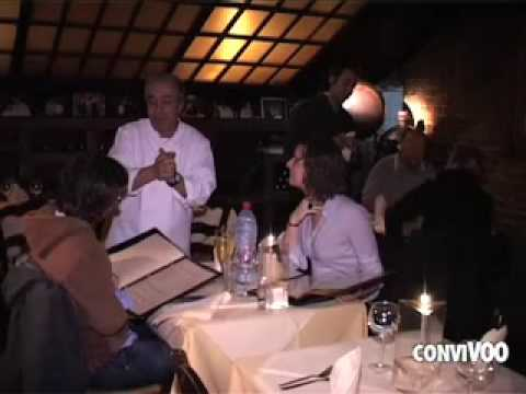 Le corbier restaurant bruxelles youtube for Restaurant le miroir rue des martyrs