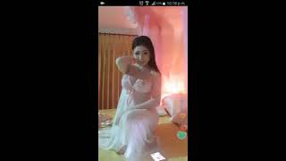 Download Video JANDA CANTIK PAKE BAJU TIDUR TOKETNYA MULUS PUTIH MP3 3GP MP4