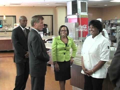Governor McDonnell Visits VADOC