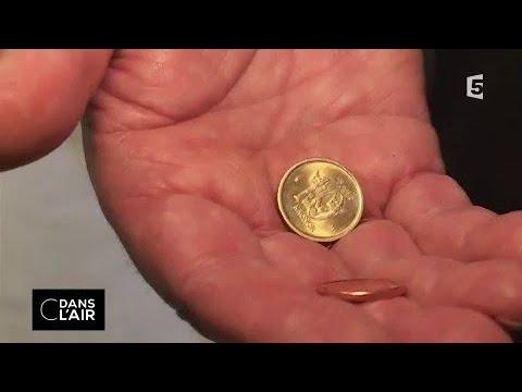 """Fin de l'argent liquide : on nous """"cash"""" tout ? #cdanslair 27.01.2018"""