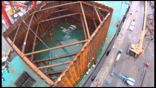 Queensferry Crossing - Lifting the Pier N1 Cofferdam to Position