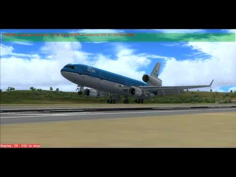 KLM MD11 Land Curacao