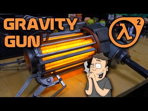 Full Scale Half-Life 2 Gravity Gun Unboxing & Review - NECA Player Select