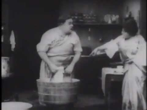 MABEL AND FATTY'S WASH DAY (1915) -- Roscoe Arbuckle, Mabel Normand, Harry McCoy