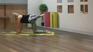 GLUTES Pilates exercise