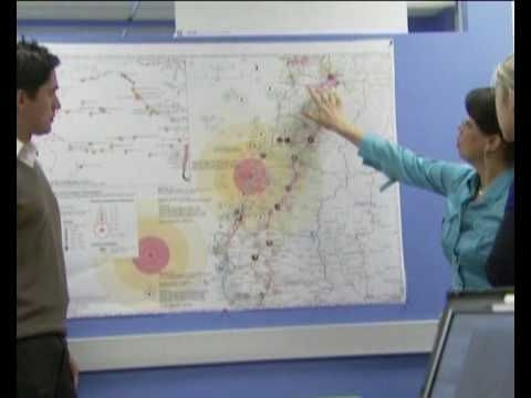 MaximsNewsNetwork: HAITI & CHILE: THE WORLD BANK USES EARTHQUAKE MAPPING TO REBUILD