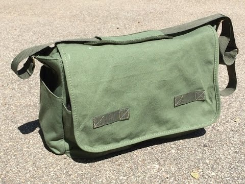 Urban Life Assets Messenger Bag: EDC and Work Bag with a Retro Look