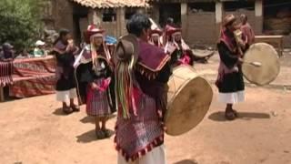 El Pujllay y el Ayarichi: músicas y danzas de la cultura yampara