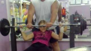 Негативный жим лежа 65 кг. Марьяна Наумова 02.10.10