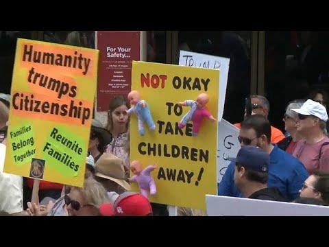 مظاهرات عارمة في أميركا ضد سياسة فصل أطفال المهاجرين