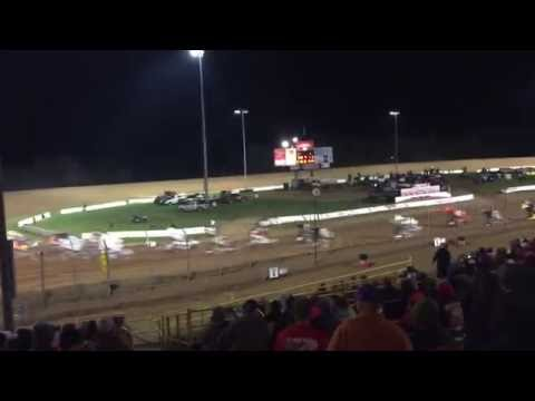 Sprint car double flip Lernerville speedway 9-24-16 world of outlaws A-main start