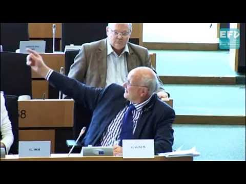 Paying dairy farmers to produce less - Stuart Agnew MEP