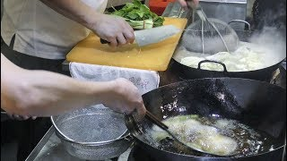 Singapore Street Food in Suntec City Food Republic