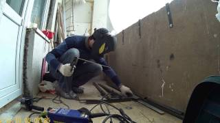 Как сделать балкон с выносом окна. Заготовки для козырька.(Как сделать балкон с выносом окна. Заготовки для козырька., 2016-12-17T11:30:40.000Z)