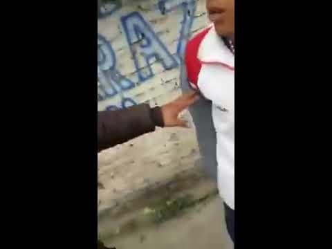 Un policía de Tucumán le dio una trompada a un joven
