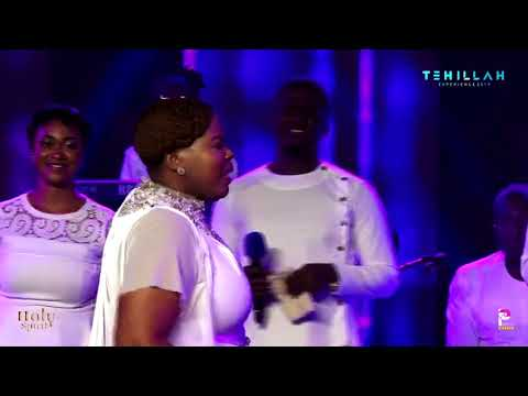 lebo-sekgobela-of-lion-of-judah-fame-from-south-africa-ministers-at-tehilla-experience-2019