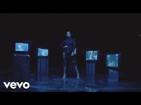 Melisa Carolina - Poco (Official Video)