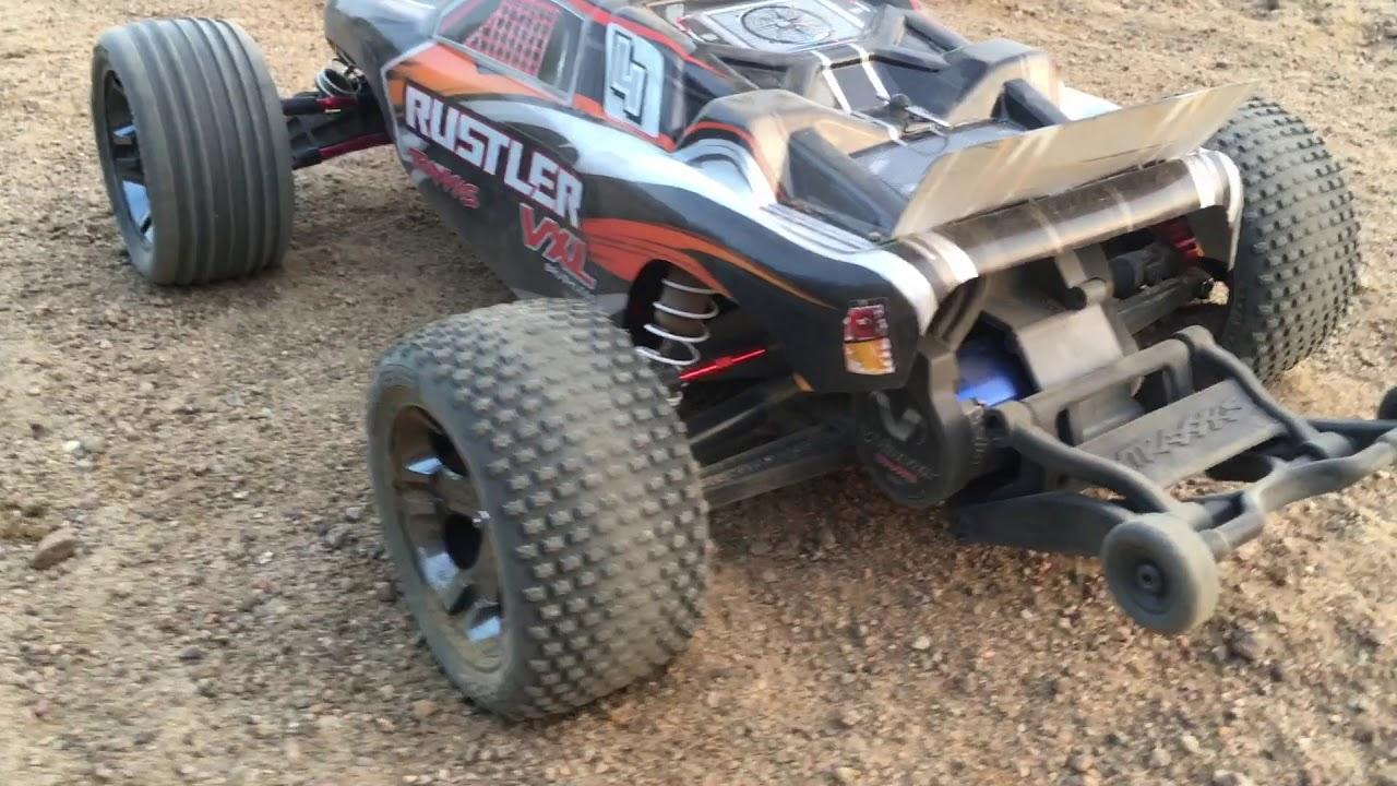 Traxxas Rustler VXL-3s LiPo Sand Bashing