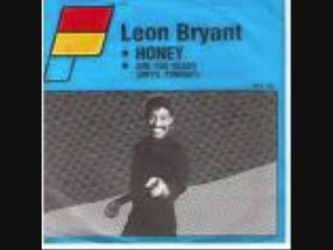 leon bryant - i'm gonna put a spell on you 1984