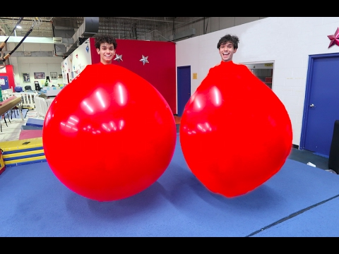 TWINS IN GIANT BALLOONS!