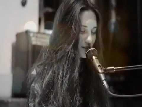 Клип Мария Чайковская - В городе остывших морей