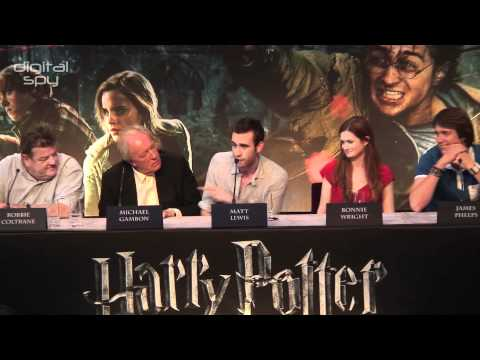 Potter stars get the call of nature during HP7 press conference
