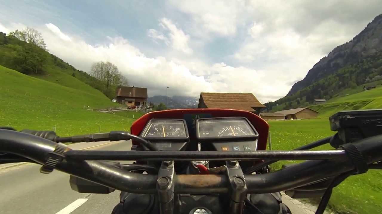 Siebnen - Wägitalersee - Yamaha DT125 LC-35E (17kW) - YouTube