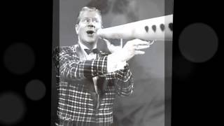 Rudy Vallee -- Winchester Cathedral --- Big Megaphone -- -60