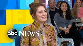 'Roseanne' star Emma Kenney dishes on the show's popular reboot