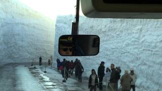 15 meters snow in Japan! thumbnail