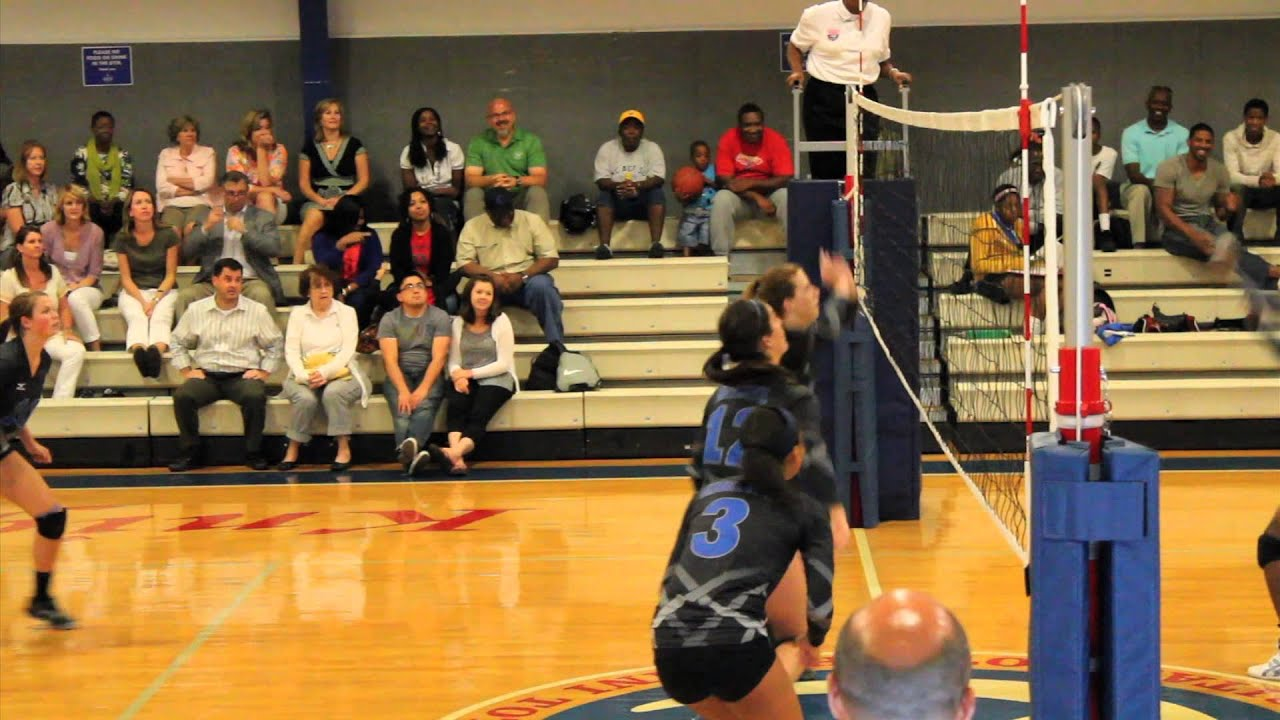 Stephen Curry Sister Volleyball