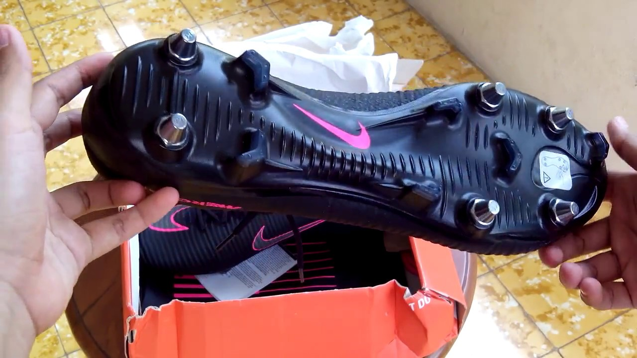 c3d29f051e4e shopping sepatu bola nike mercurial superfly v sg pro black pink 831856 006  original youtube 1cd3e