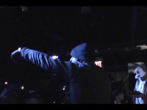Sean Price- Figure Four Freestyle Live