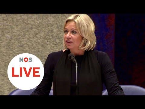 LIVE: Minister Hennis treedt af na zware kritiek van de Tweede Kamer