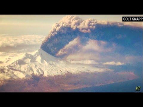 Alaska's Pavlof Volcano Erupts Sending Ash Plume 20,000 Feet High