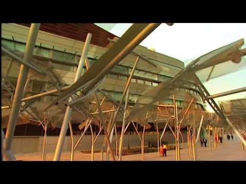 BILBAO & the Guggenheim Museum (Video HD)