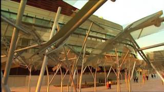 BILBAO & the Guggenheim Museum (Video HD)