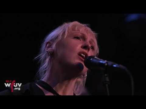 "Laura Marling - ""Nothing, Not Nearly"" (Live at Rockwood Music Hall)"