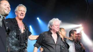 AIR SUPPLY - I CAN´T LET GO..