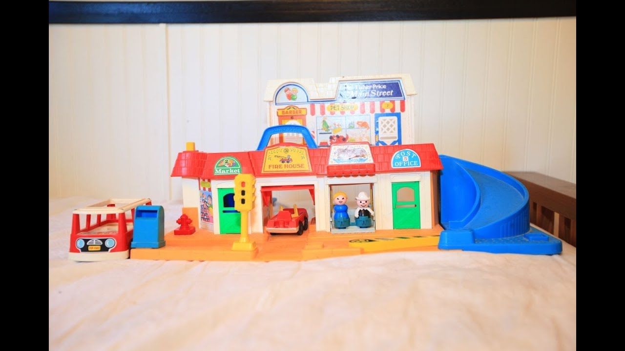 Fisher Price Little People Main Street 80s Little People Review